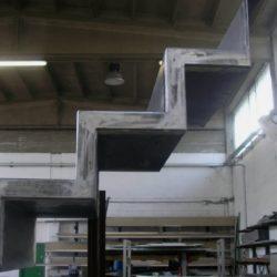 In officina - scala in ferro in lavorazione.