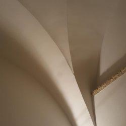 Particolare di soffitto a volte – Masseria in Salento con Studio Iaquinta Architetti.