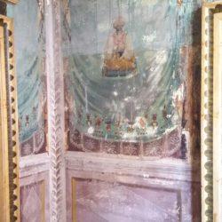 Edificio storico a Pavia - dettaglio affresco parietale.