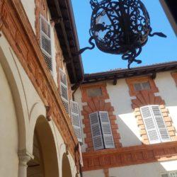 Palazzo storico in via Menocchio a Pavia - vista cortile interno